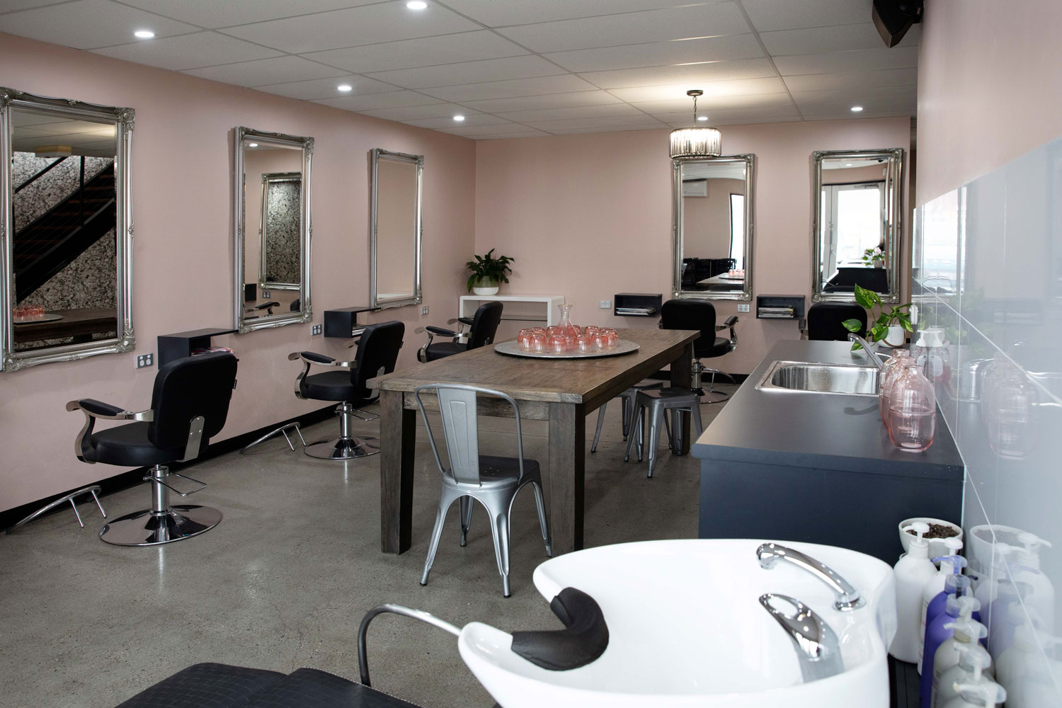 bhair salon floor extension